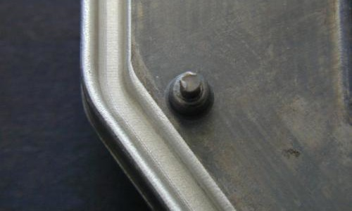 casted-aluminum-part-pre-treated-in-bonding-groove